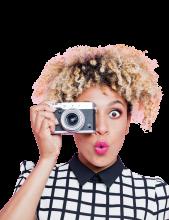 GirlWithCamera2